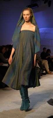 vestido azul petroleo