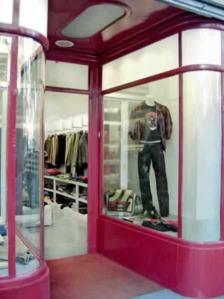 moda 69 escaparate barcelona