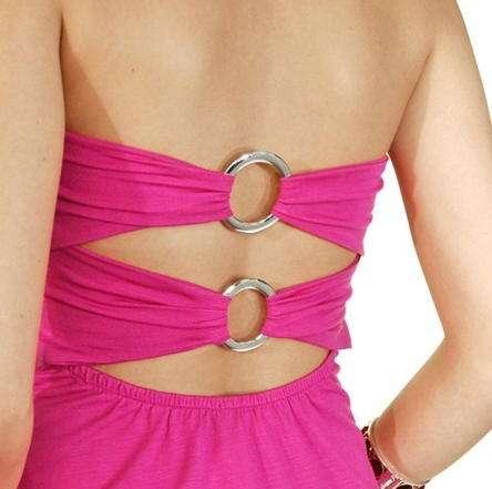 anillas de metal en la espalda sannas brazil fashion