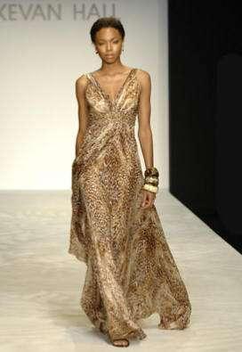 vestido leopardo kevan hall