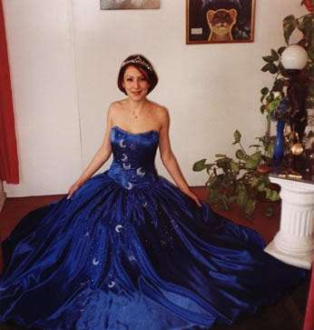 16a1863e5 Fotos de vestidos de 15 años clasificadas por color