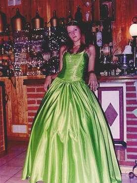 Vestidos de 15 verde agua cortos con cola