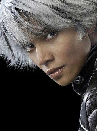 halle berry gris