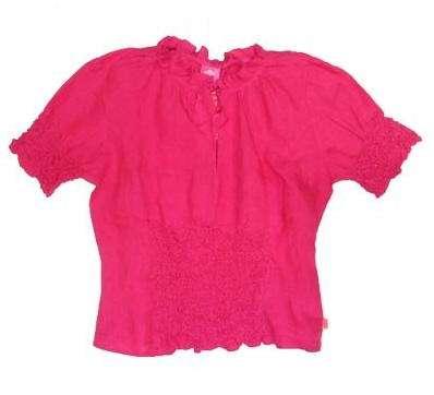 camisa fucsia plumetas