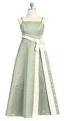 vestido con lazo blanco