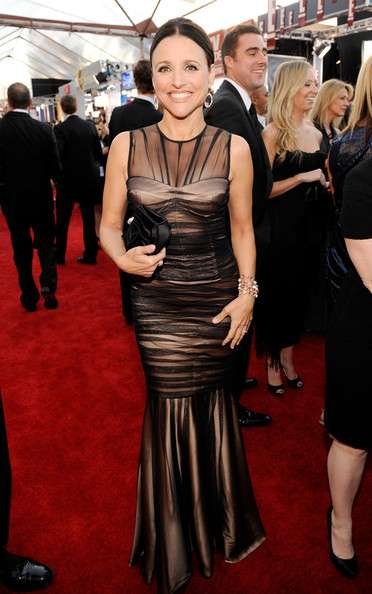 16th+Annual+Screen+Actors+Guild+Awards+Red+CPQn8jAyqVTl