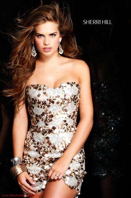0e2c3372f Vestidos Año Nuevo 2011 - Estás de Moda  Revista de moda para ...