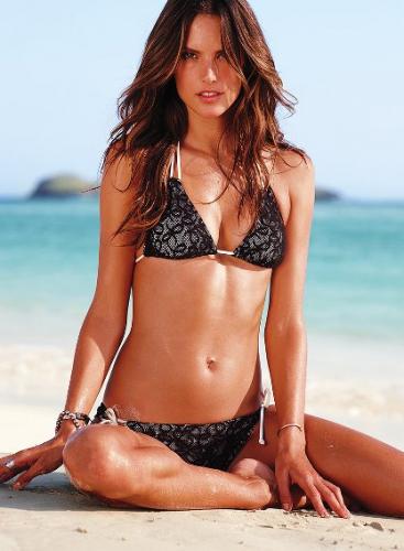 bikinis de encaje
