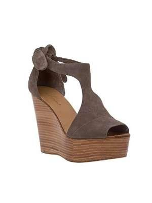 Zapatos con plataforma de madera - Tocones de madera ...