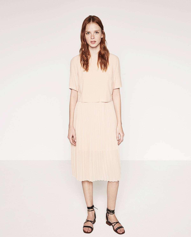 vestidos de verano - Vestido midi de ZARA / 39,95€