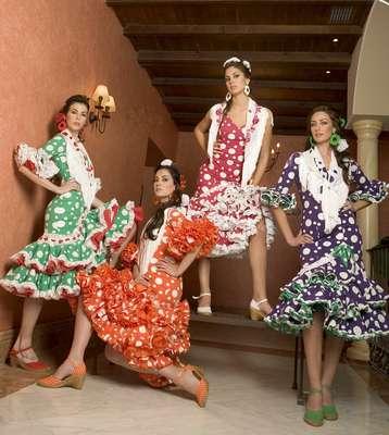 Trajes de Flamenca 2014 - YouTube