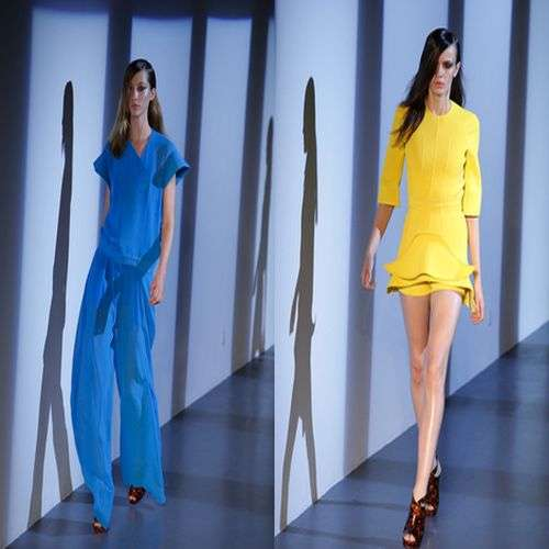Thierry Mugler presenta diseños plastificados en la Paris Fashion Week