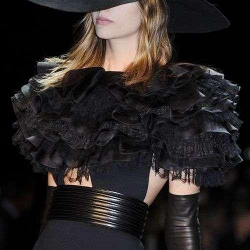 Hedi Slimane presenta nueva colección para Saint Laurent Paris
