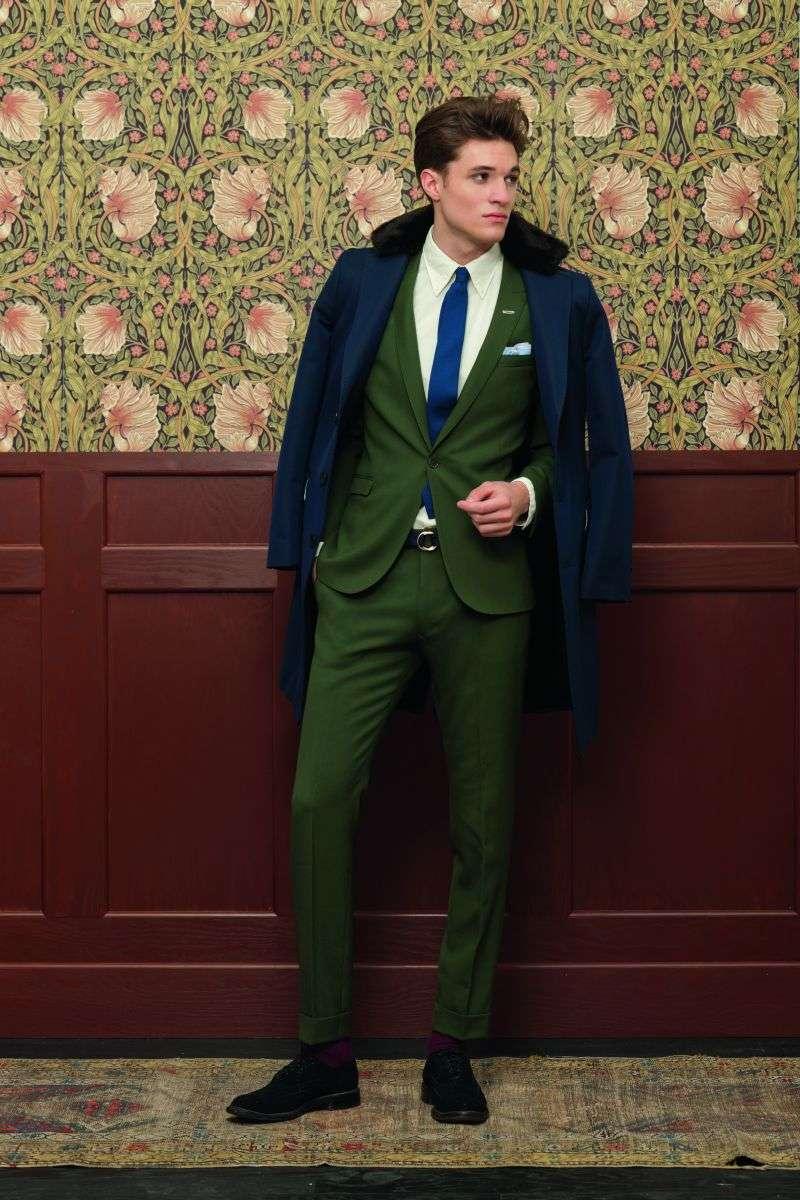 32ebef01db1 Así que si piensas en vaqueros combina con estupendas camisas que presenta  esta colección de Gant y una de sus opciones en chaquetas muy a la moda.