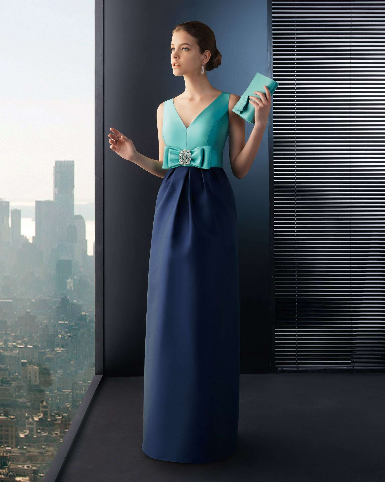 b090e5e11 Ya puedes ir pensando en cuál será tu vestido de fiesta para la navidad 2012 .