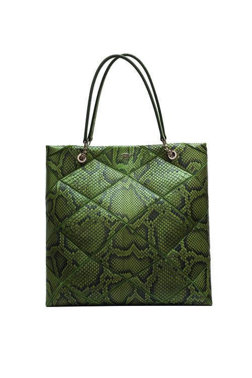 Roger Vivier y sus bolsos de piel de serpiente