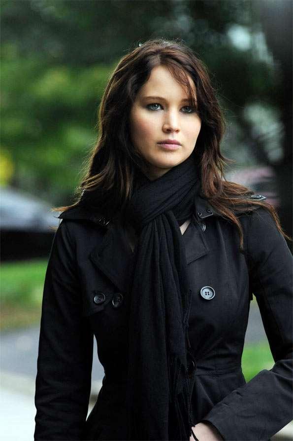 """Subastan prendas que Jennifer Lawrence utilizara en """"El lado bueno de las cosas"""""""