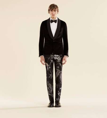 55277f0ce7dba ... un par de estupendos zapatos de la colección de Gucci 2014. Unos  zapatos cómodos y de extrema elegancia que irán perfectos con el traje que  elijas.
