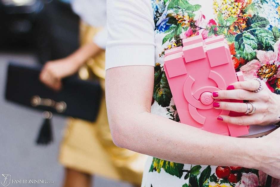 accessories_pink_clutch_1