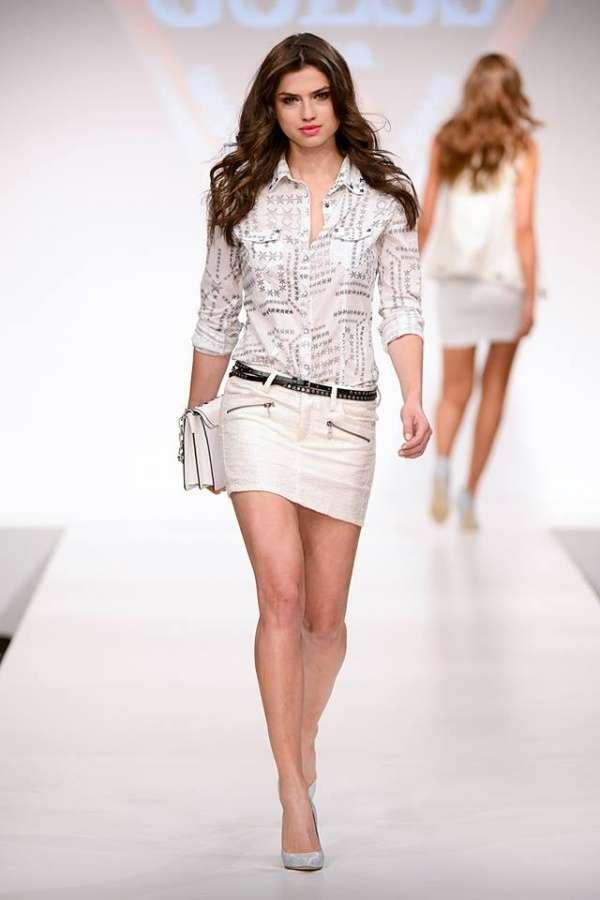 Primavera-verano con Guess falda