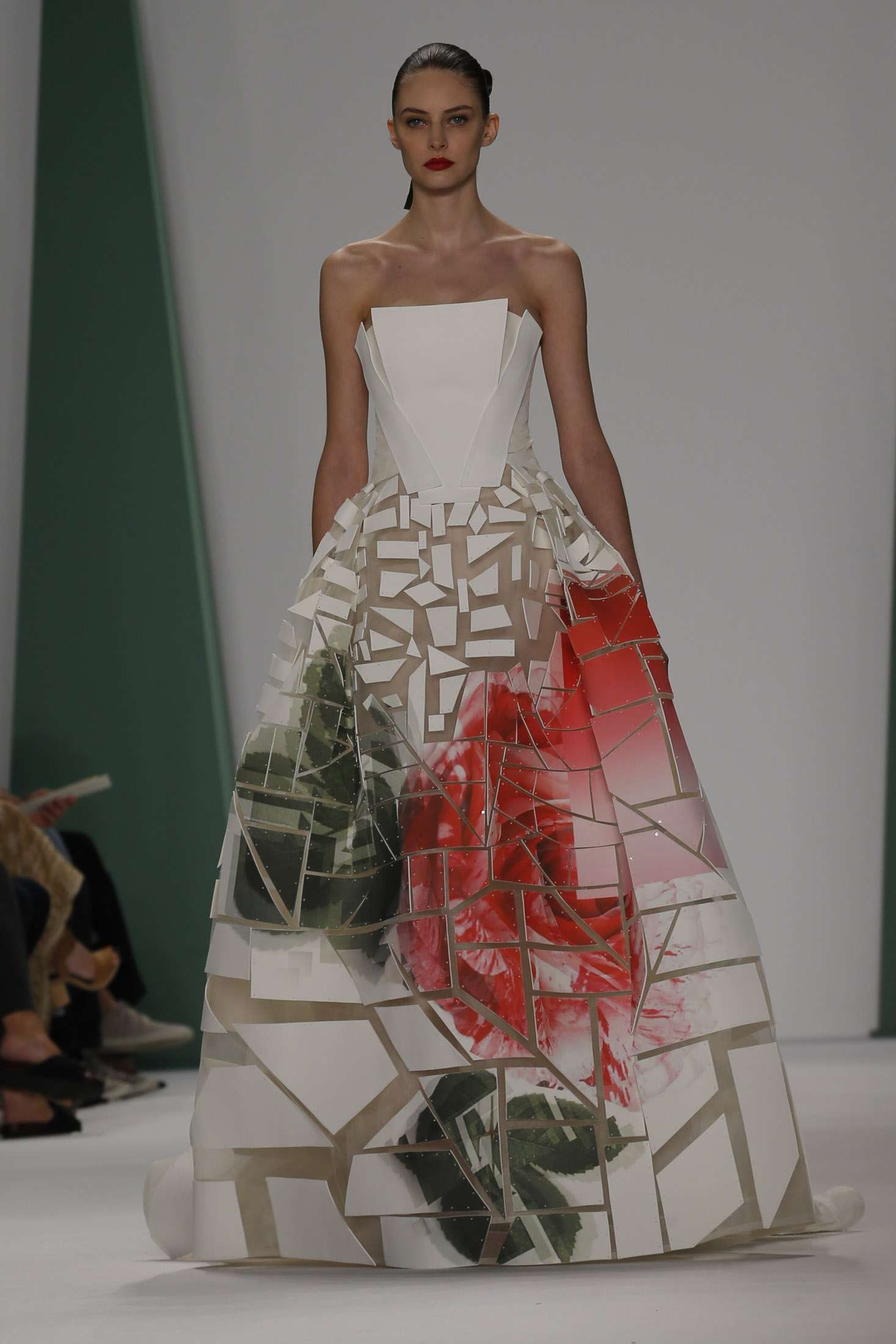 CAROLINA HERRERA NEW YORK _ SPRING 2015_ 8