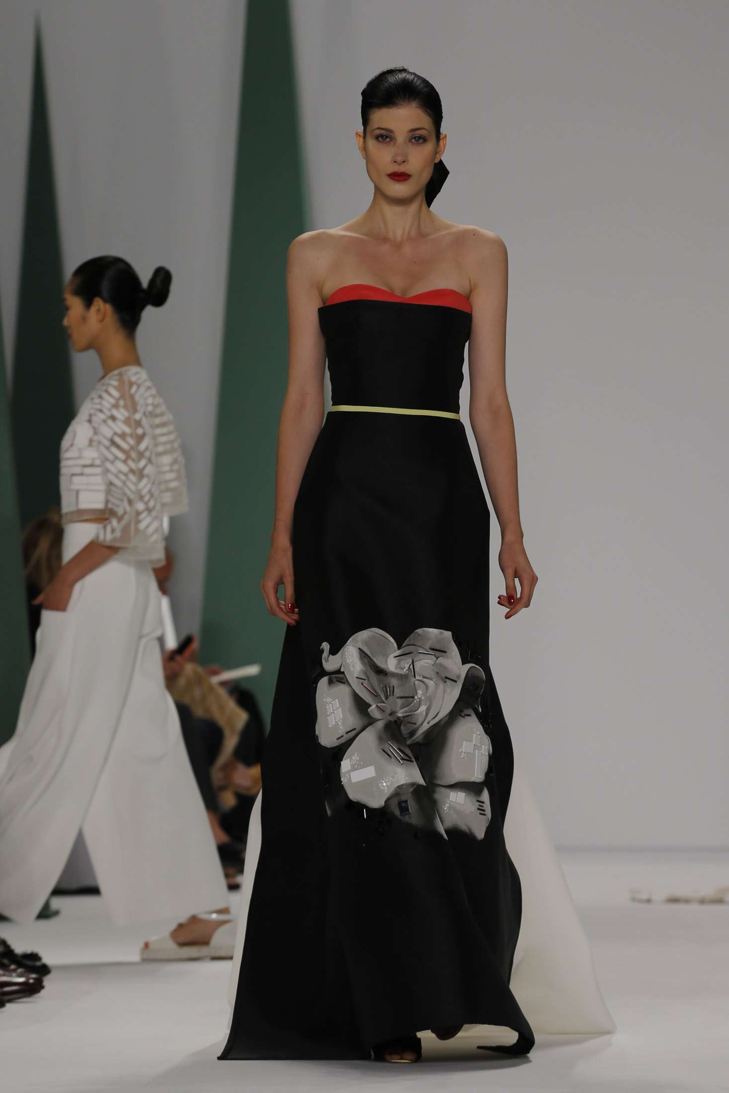 CAROLINA HERRERA NEW YORK_ SPRING 2015_ 6