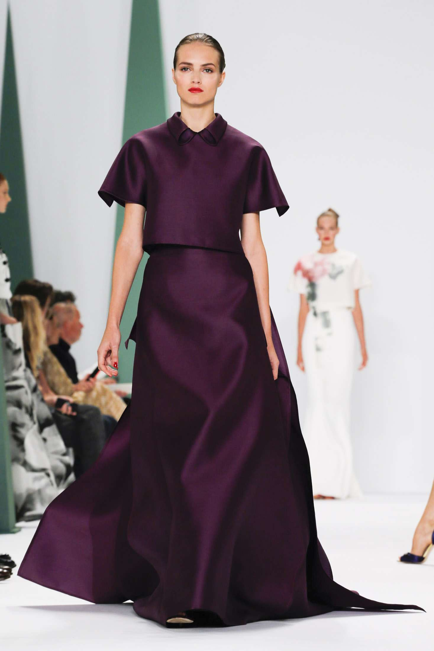 CAROLINA HERRERA NEW YORK_ SPRING 2015_ 7