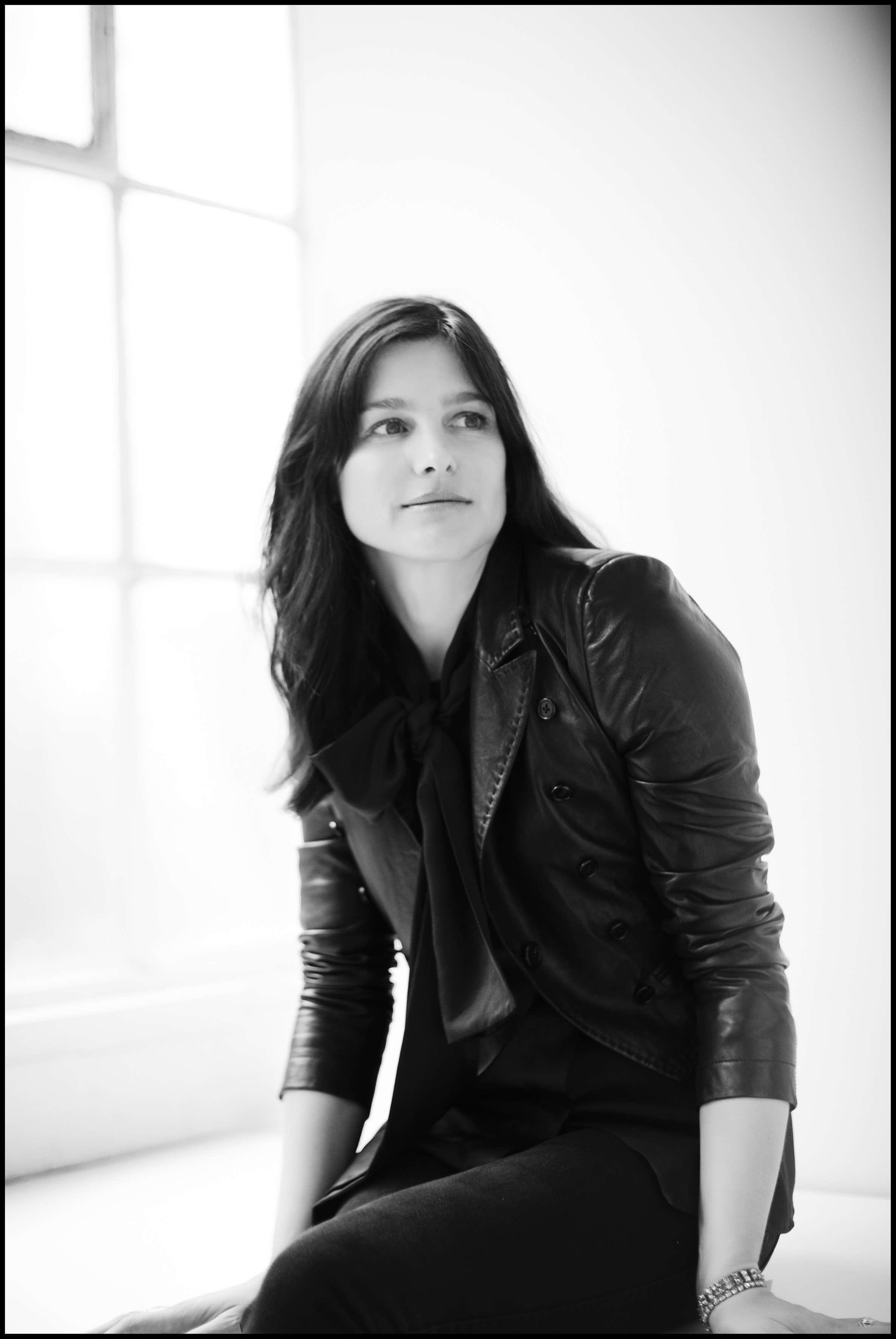 Tabitha Simmons Portrait_ph.Steven Pan