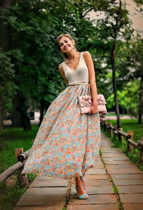 look martes floral style