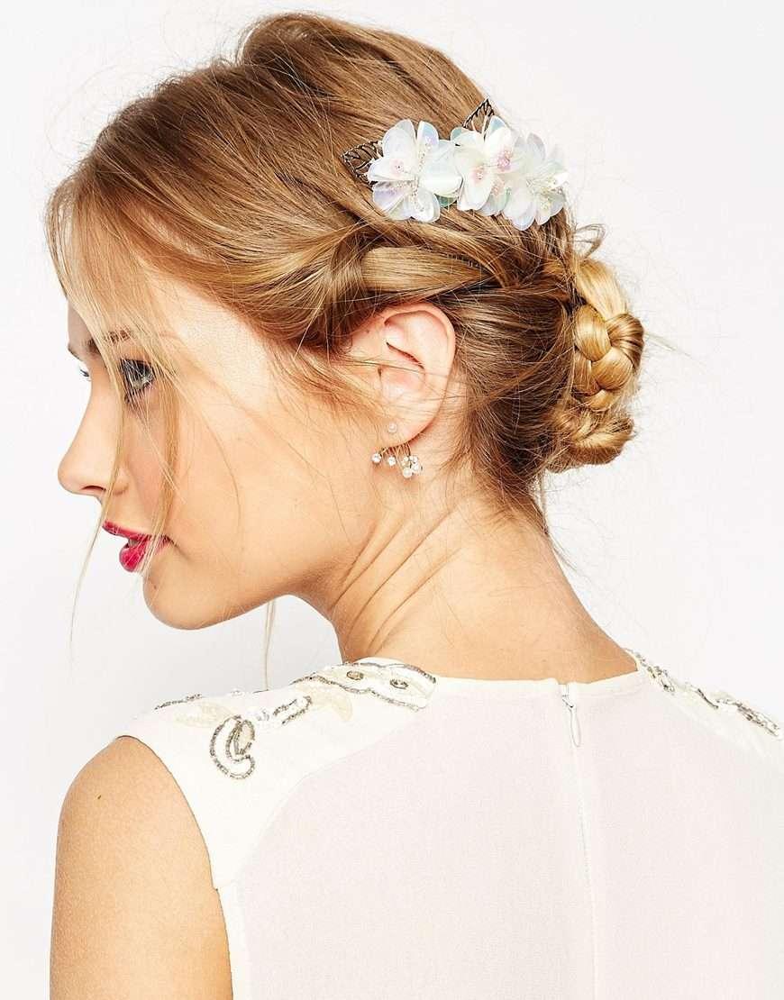 peineta de flores para peinado de boda