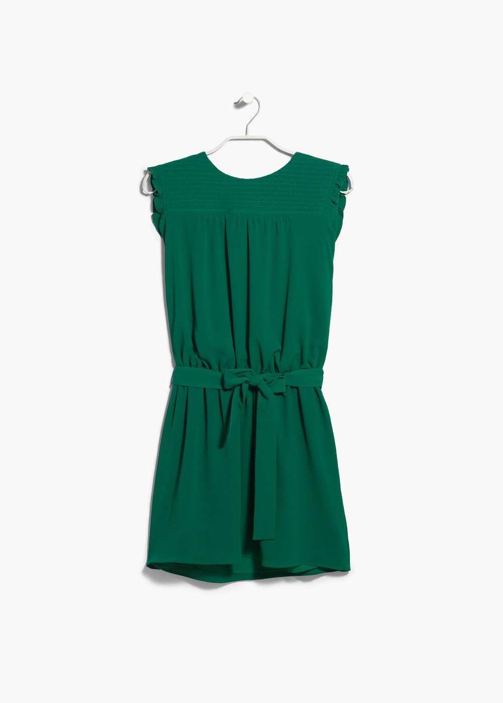 vestido de fiesta con lazo en la cintura