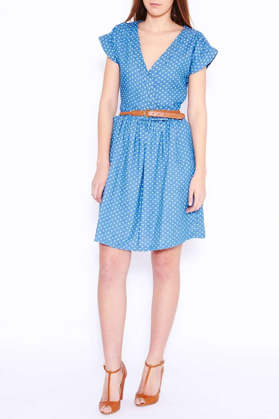 vestido para look de oficina en verano
