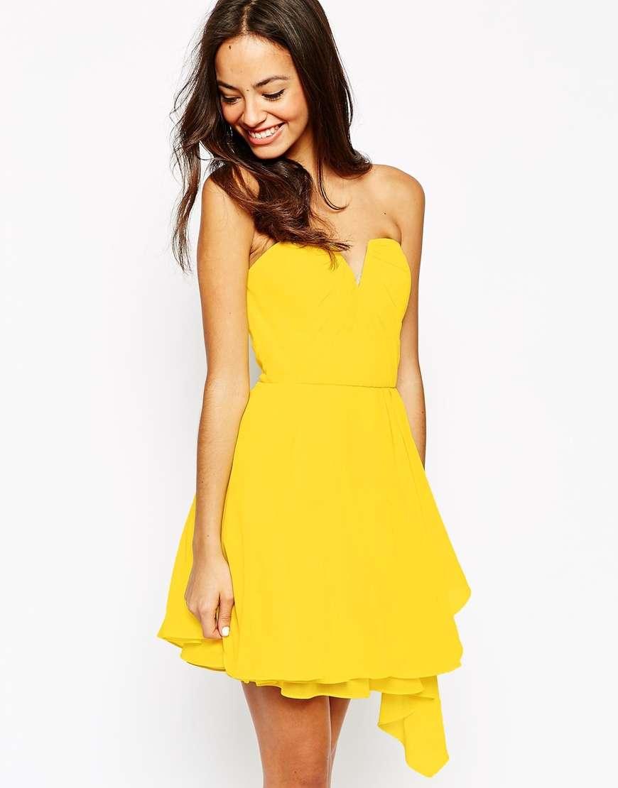 vestido de New Look amarillo