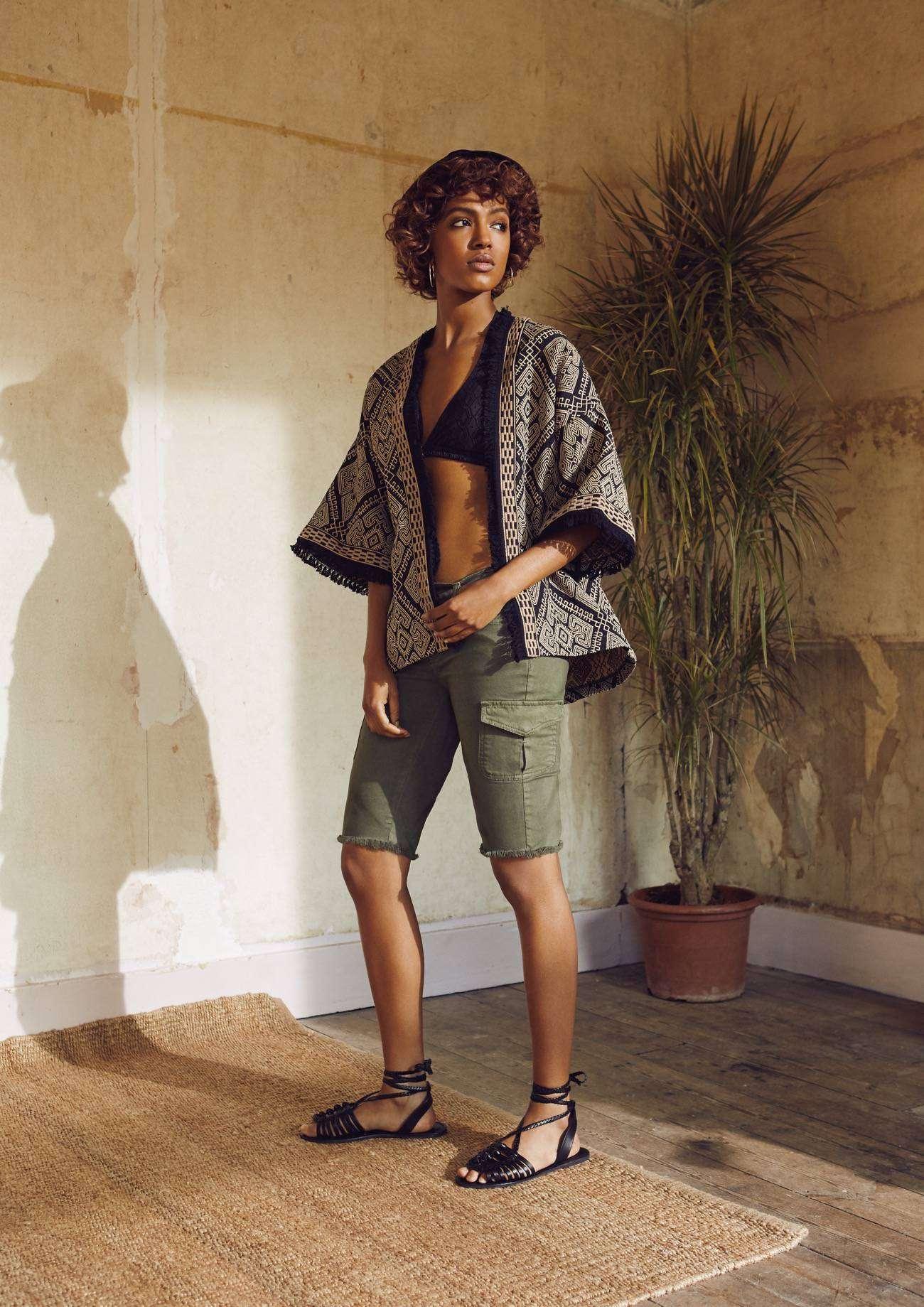 Catalogo Primark primavera - verano 2016 - pantalones cortos y kimono