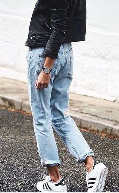 looks con sneakers - jeans tobilleros