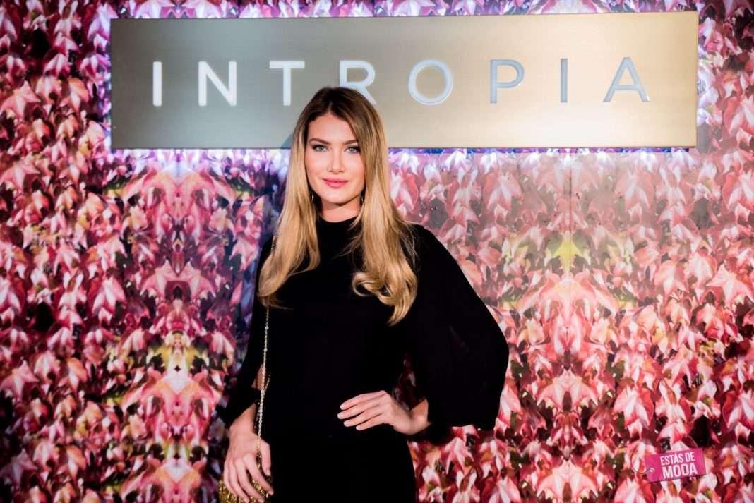 astrid klisans mireia lalaguna y alejandra prat en coleccion primavera verano 2017 intropia 12