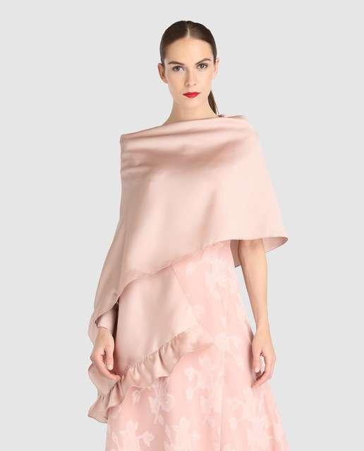 Piezas de abrigo que te puedes llevar de boda