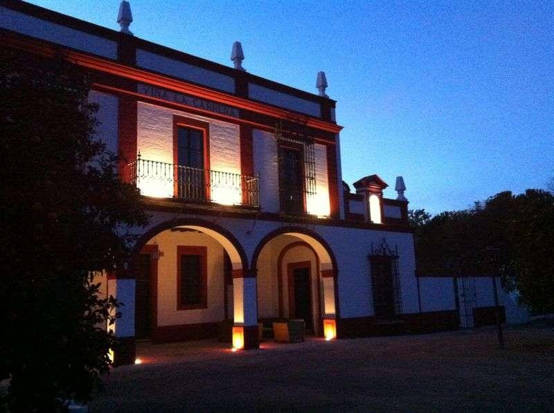 fachada casa rural