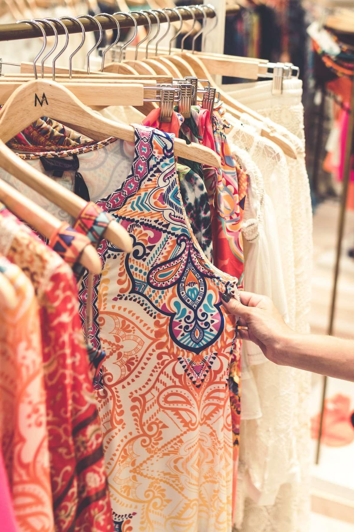 Formas de apoyar a los negocios locales de moda